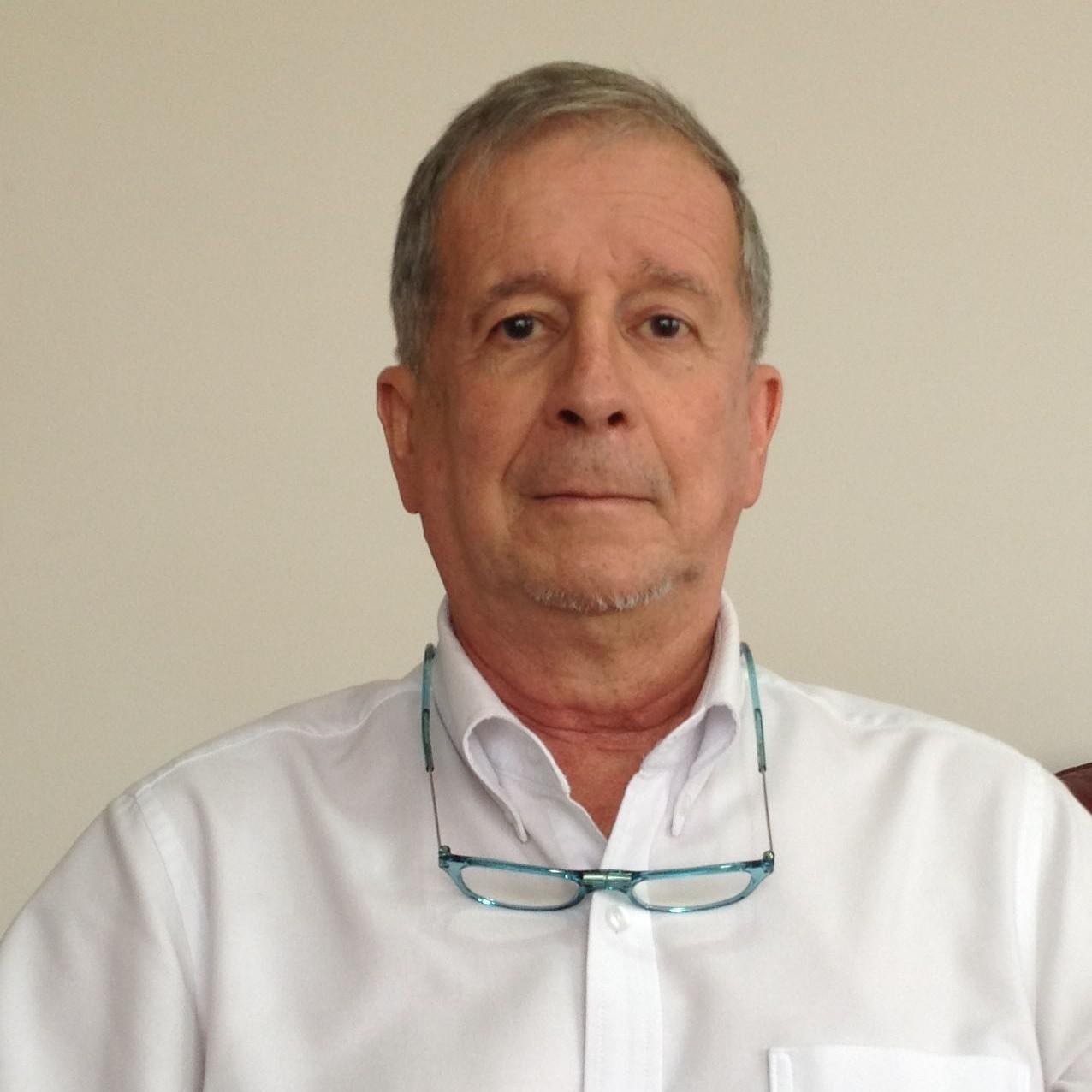 Dr. Elkin Lucena Quevedo. BMR